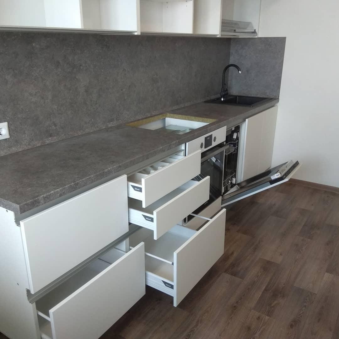 Кухня Бадж